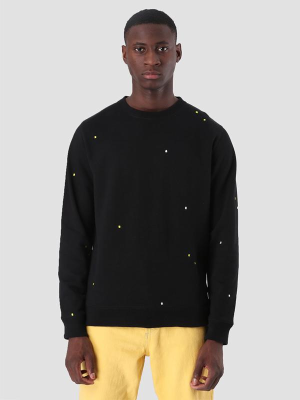sweater-b1